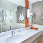 Holiday Inn Helsinki, Bathroom