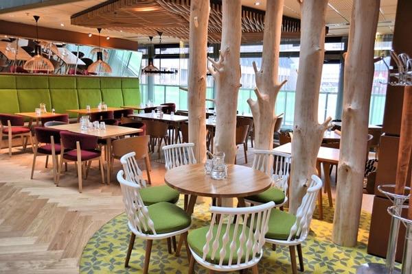 Holiday Inn Helsinki, Open Lobby Restaurant