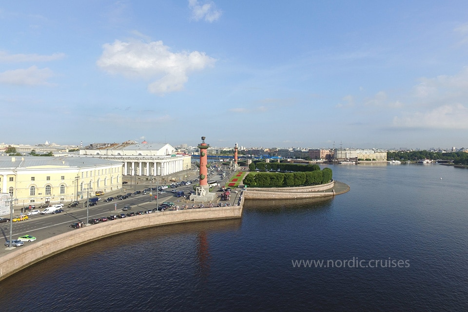 St. Petersburg, Rostral Columns